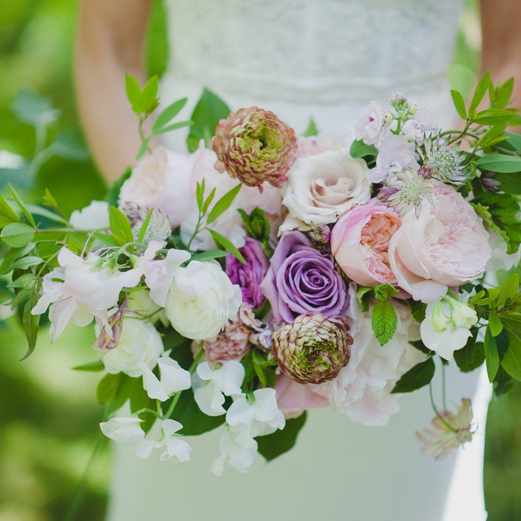 Spring woodsy wedding