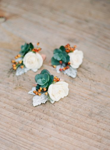 Cream, coral and blue boutonnieres for a Fireseed wedding | flowers by Tobey Nelson image by OMalley Photographers