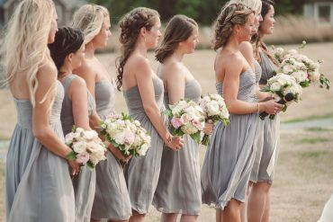 blush and white bridesmaid bouquets