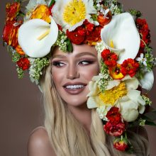 Bodacious floral headpiece by Tobey Nelson Events | model Anna Kobzar | Armonia Photography