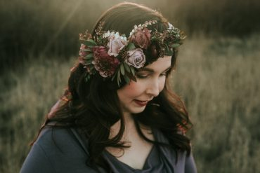 Maternity photoshoot flower crown by Tobey Nelson Events | image by Team Shaw Photography