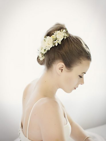 Floral comb for a bridal updo