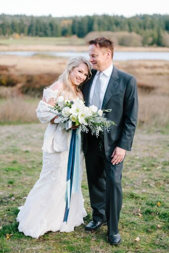 White and blue winter wedding bridal bouquet | Fireseed Catering wedding flowers by Tobey Nelson | image by Molly Landreth