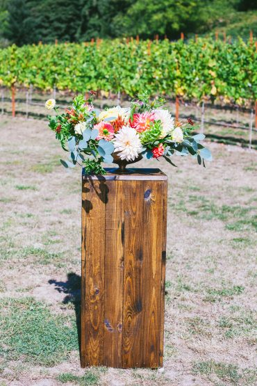 Flowers for vineyard wedding