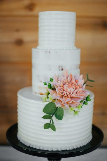 Bridal cake by Honeycrumb Cake Studio