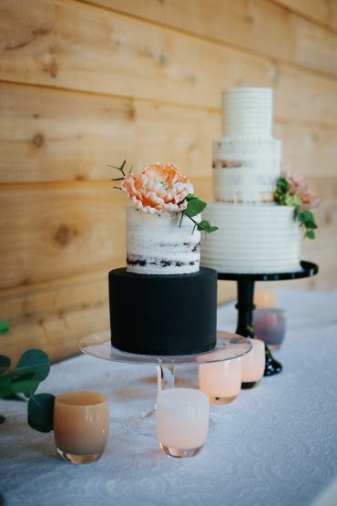 wedding cakes by Honeycrumb Cake Studio