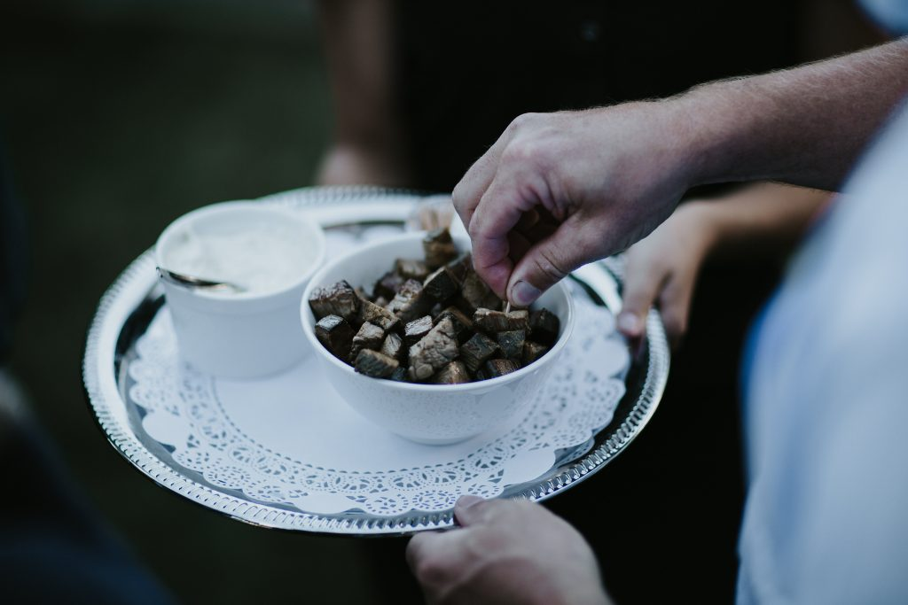 Save money on your wedding food and beverage: https://tinyurl.com/htyb669