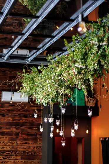 Hanging floral installation for charity fundraiser on Whidbey Island | Tobey Nelson Events