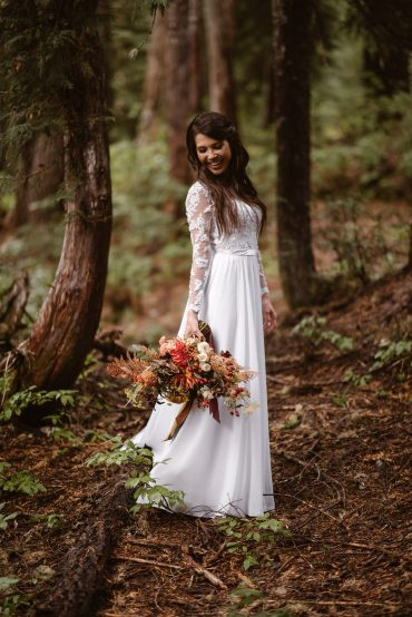Destination elopement flowers
