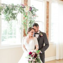 Floralbackdrop for Woodinville wedding by Tobey Nelson Events