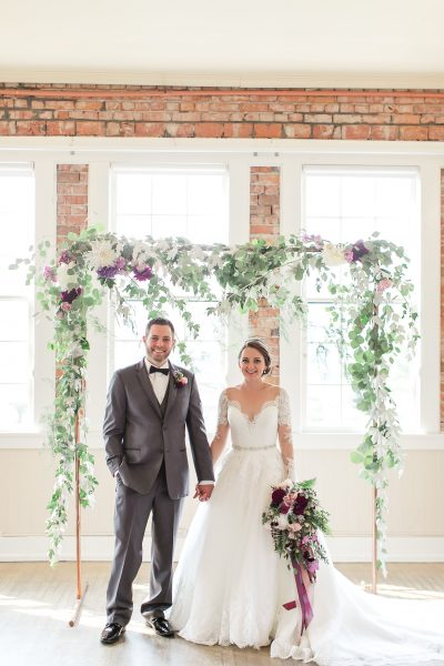 Woodinville wedding flowers by Tobey Nelson | wedding arch and bridal bouquet feature locally grown flowers