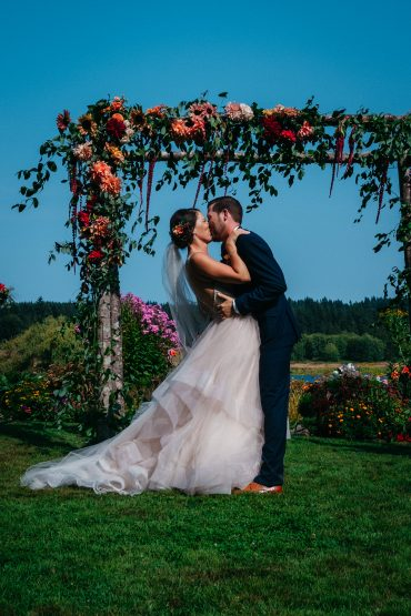 Whidbey Island summer wedding at Fireseed Catering with flowers by Tobey Nelson Events