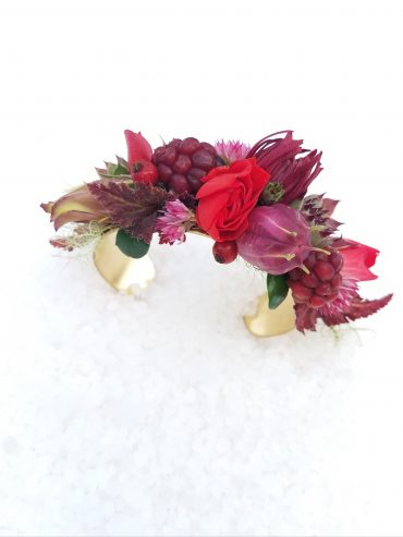 Floral bracelets are a great corsage option for weddings, prom and homecoming or any special occasion | Tobey Nelson Events
