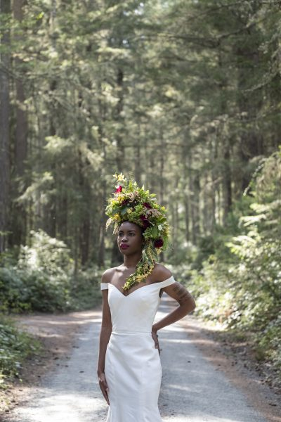 Foam-free floral wearable at Whidbey Flower Workshop by Cindy Morgan, gown by MeaMarie Bridal Atelier