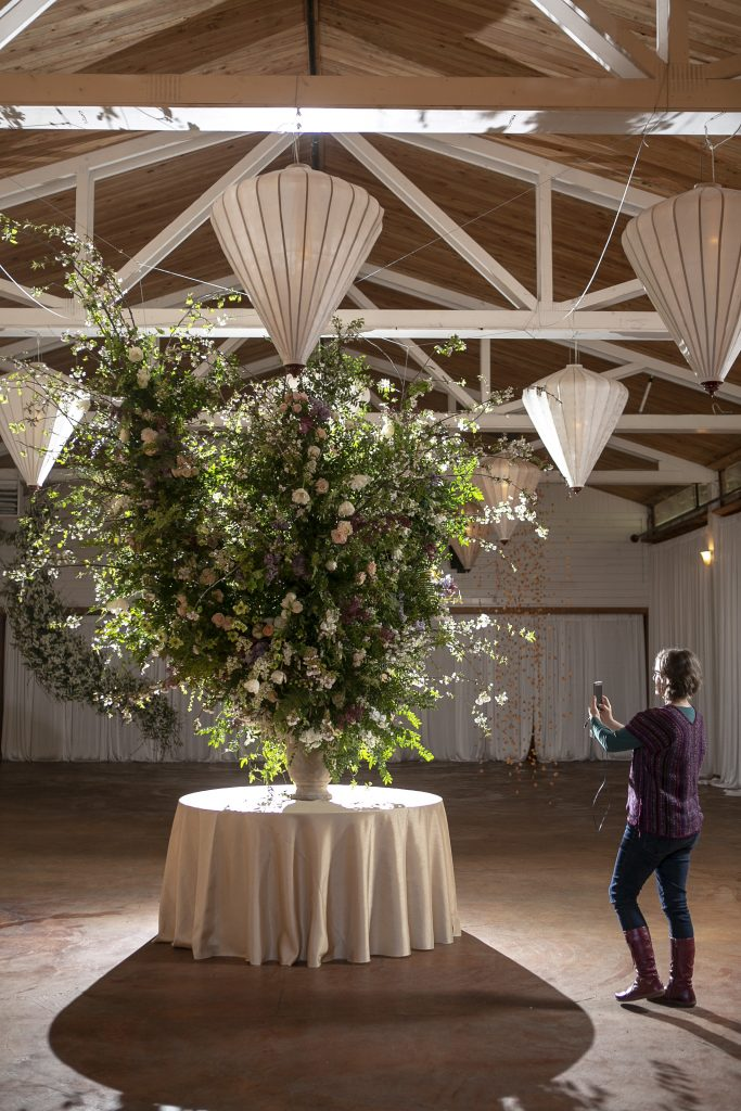 Large-scale foam-free floral installations at the Whidbey Flower Workshop