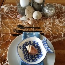Beach themed tablesetting by Tobey Nelson Events