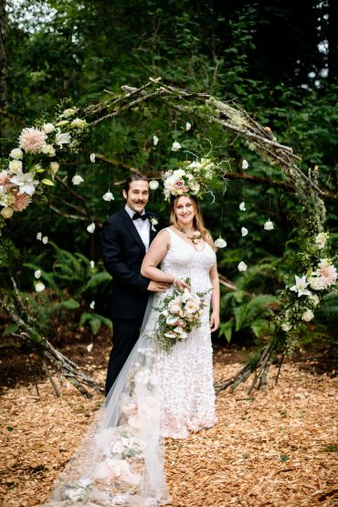 Circular wedding ceremony backdrop for an Enchanted Forest Wedding | Tobey Nelson Events | J Tobiason Photography