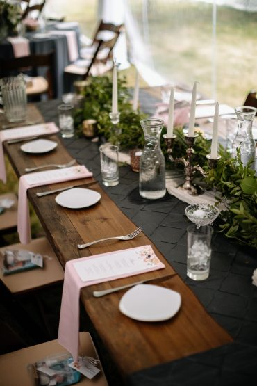 Head table with greenery runner and farm table | Tobey Nelson Events | J Tobiason Photography