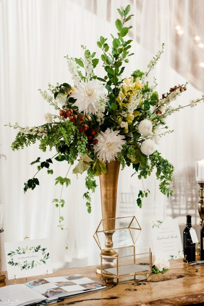 Welcome centerpiece | Seattle Wedding at Sodo Park | Floral and Event design by Tobey Nelson | image by Alante Photography