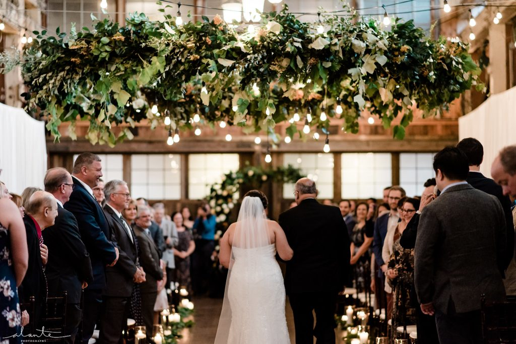 Seattle Wedding at Sodo Park | flowers & event design by Tobey Nelson Events | image by Alante Photography