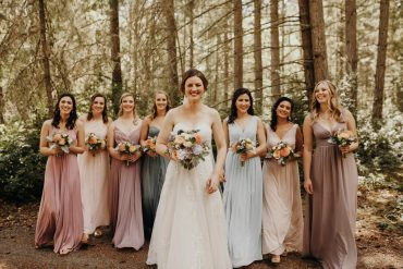 Bridal party bouquets | Whidbey Island wedding flowers by Tobey Nelson Events image by Jordan Voth Photography