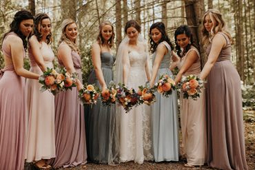 Whidbey Island wedding flowers by Tobey Nelson Events image by Jordan Voth Photography