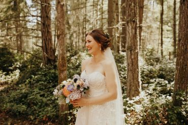 Whidbey Island wedding planning and flowers by Tobey Nelson Events image by Jordan Voth Photography