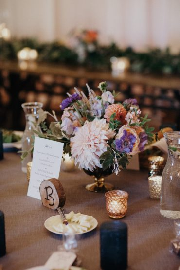 Wedding flower centerpiece by Tobey Nelson Events | Cafe Au Lait Dahilas, Scabiosa and garden flowers | image by Jordan Voth Photography