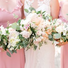 Lord Hill Farm summer wedding flowers by Tobey Nelson Events | image by Lloyd Photographers