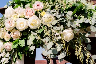 Blush and white summer wedding centerpieces by Tobey Nelson Events | Lord Hill Farms wedding | Lloyd Photographers