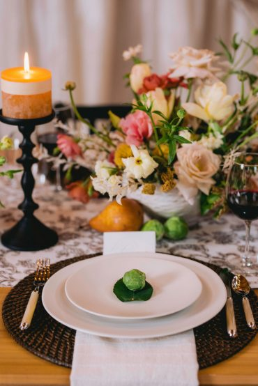 Floral design and styling by Tobey Nelson Events | image by Suzanne Rothmeyer Photography