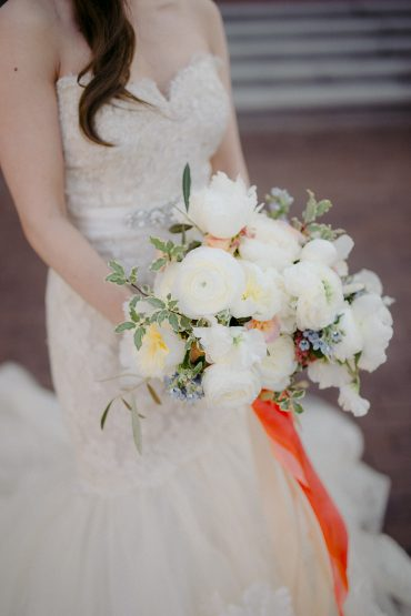 White, coral and blue bridal bouquet with Peony, Ranunculus, Rose | locally grown spring wedding flowers || Seattle wedding flowers by Tobey Nelson Events | image by GH Kim Photography