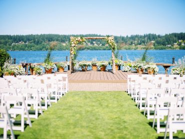 Wedding ceremony set up | Kiana Lodge Wedding Flowers by Tobey Nelson | image by Ryan Flynn Photography