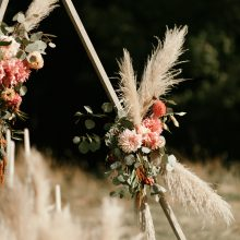 Foam-free wedding arch design with pampas grass and locally grown flowers | Whidbey Island wedding flowers by Tobey Nelson Events | image by Carina Skrobecki